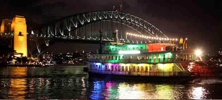 Show-Boat-Experience - Sydney Holiday Packages