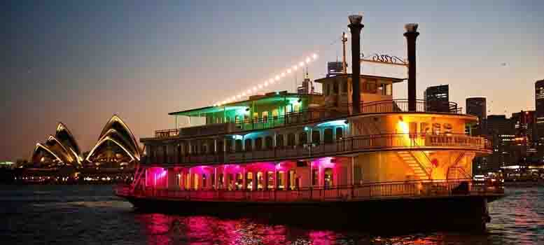 Show Boat dinner cruise