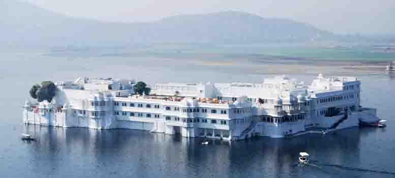 White lake Palace